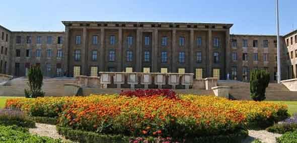 Türkisches Parlament Waisenkinder