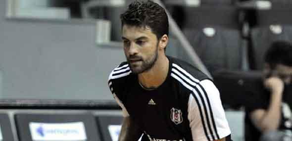 Türkischer Basketballspieler Atsür