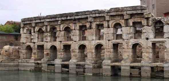Antikes Römerbad