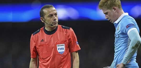 Cüneyt Cakir Borussia gegen Man City