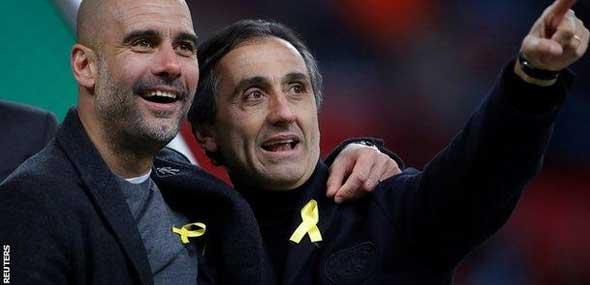 Guardiola trägt gelbe Schleife