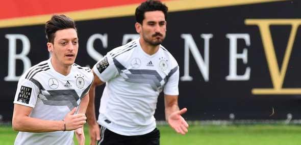 DFB-Umgang mit Özil