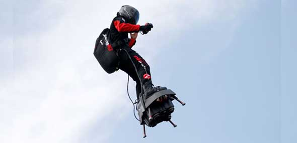 Jet-Flyboard-Erfinder Franky Zapata