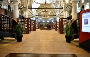 Bibliothek Jungfrau-Maria-Kirche Kayseri