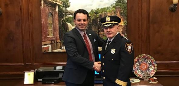 Türkischstämmiger Polizeichef der USA