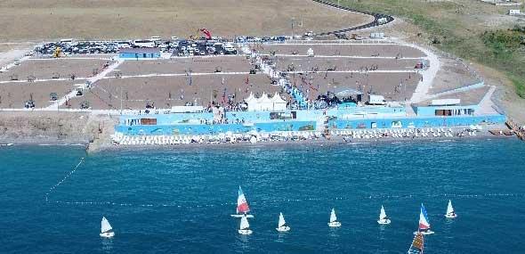 Mollakasm Strand am Van See