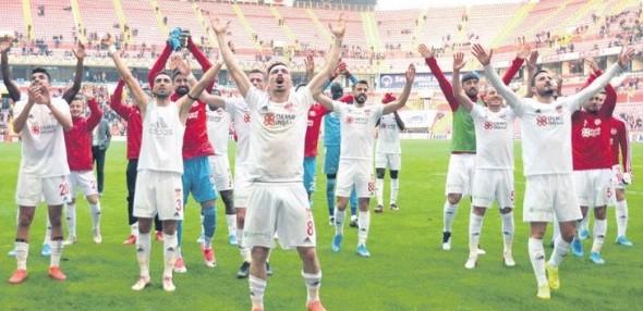 Sivasspor Tabellenführer der SuperLig